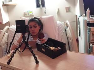 Gila Makeup, Wanita Ini Dandan Heboh Saat Kontraksi Jelang Melahirkan