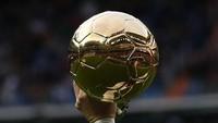 Bukan Messi-Ronaldo, Van Persie Pilih Sosok Ini di Ballon dOr 2020