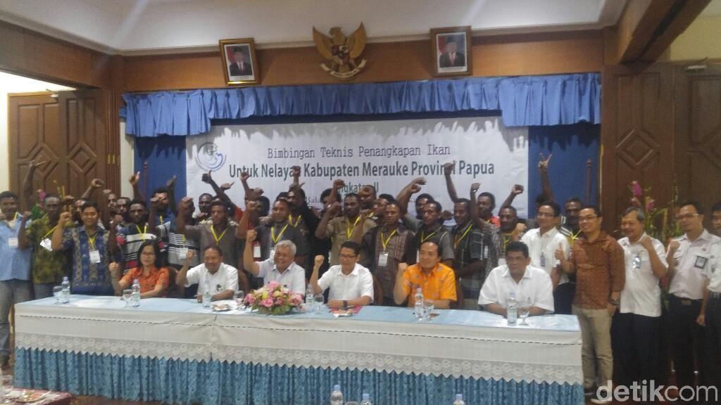 Kapal Asing Hengkang, 100 Nelayan Papua Dilatih Tangkap Ikan