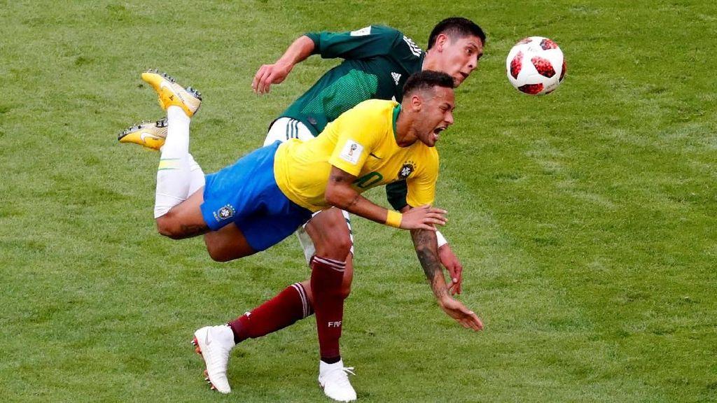 Neymar Lawan Meksiko: Cetak Gol, Assist dan Diinjak