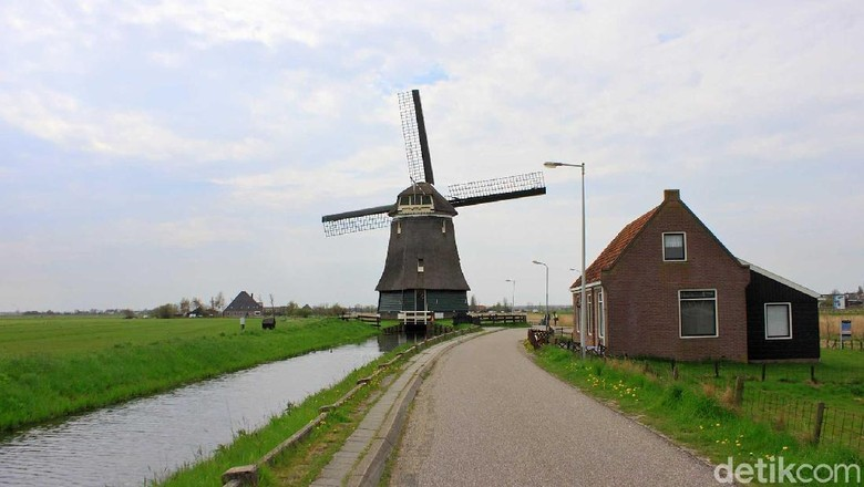 Foto: Kincir angin Belanda (Randy/detikTravel)