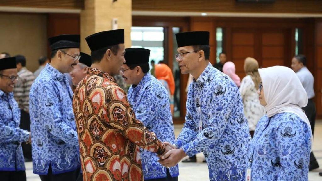 Lantik Pejabat Eselon II, Mentan Ingatkan Jangan Korupsi