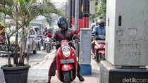 Melihat Tingkah Pengendara Motor Jajah Jalur Pedestrian