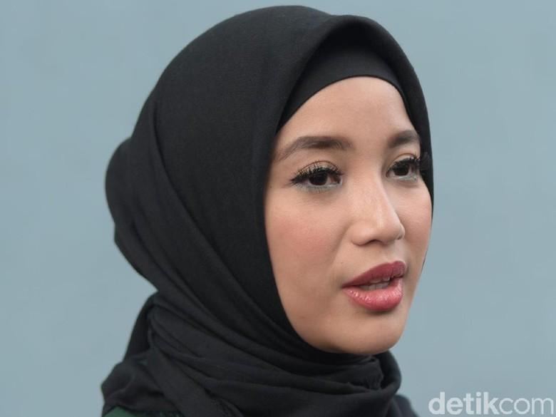 Jika Suami Terpilih Jadi Anggota DPR, Ini yang Diinginkan Chacha Frederica