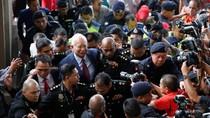 Foto: Senyum Najib Saat Akan Didakwa Terkait Skandal 1MDB