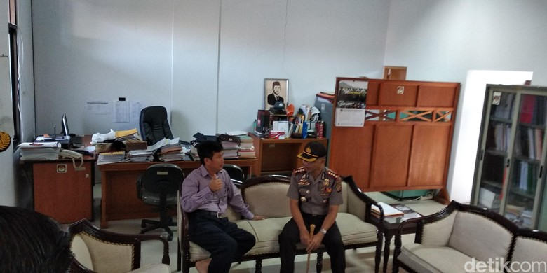 Jamin Keamanan Hitung Manual, Polisi Bandung Tinjau Kantor KPU