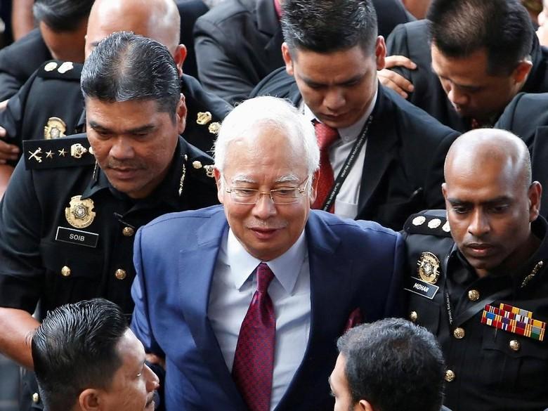 Najib Rilis Pesan Video: Saya Tak Sempurna, Saya Hanya Manusia
