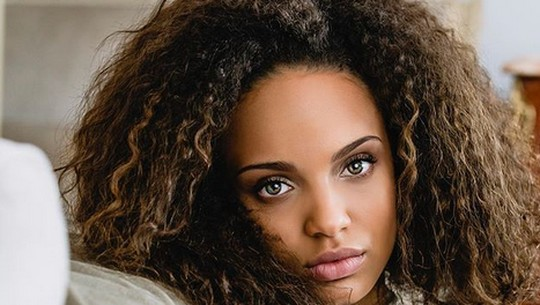 Pesona Alicia Aylies, Teman Dekat Kylian Mbappe