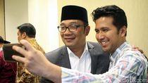 Kang Emil dan Emil Dardak Selfie di Markas PPP