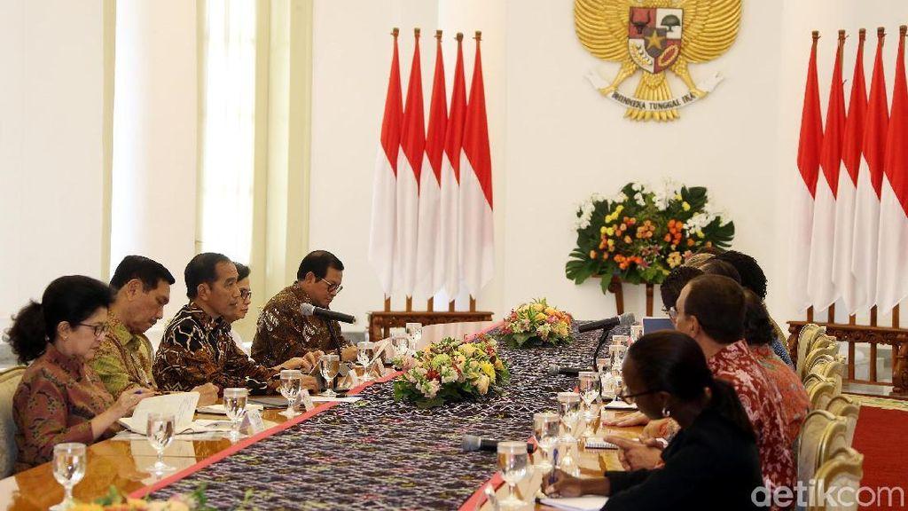 Jokowi Kumpulkan Menteri di Bogor, Rapat Soal Ekspor-Impor