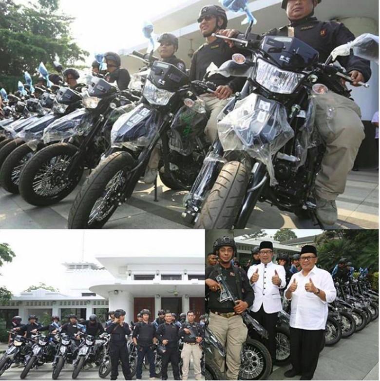 Ridwan Kamil hibahkan Kawasaki D-TrackerX ke Polrestabes Bandung. Foto: Screenshot Instagram Ridwan Kamil