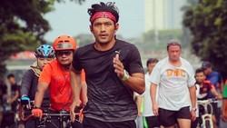 Pemeran Irfan di film Kulari ke Pantai, Ibnu Jamil menjadikan olahraga bukan sekadar hobi, tapi juga investasi di sama depan. Penasaran? Intip yuk!