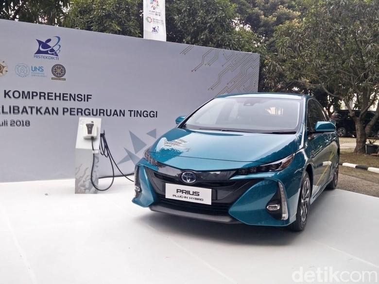Prius Plug-In Hybrid. Foto: Ruly Kurniawan