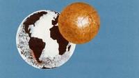 Seorang seniman Chili membuat gambar dengan fokus globe dan bola di poster tahun 1962. Foto: dok.mailonline