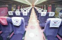 Interior gerbong Shinkansen Hello Kitty yang imut (AFP)