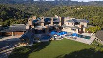 Rumah Mewah Bos Teknologi Senilai Rp 1,8 Triliun