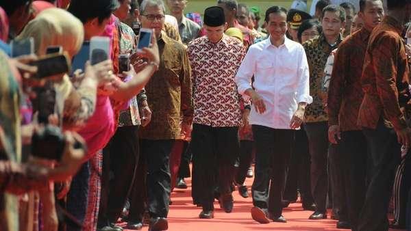 Pasca Pernyataan Dukungan, Muncul Poster Jokowi-TGB