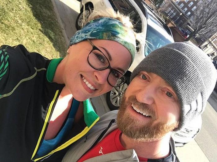 Shandra Redwine dan suaminya Gerald pernah sama-sama mengalami fase kegemukan pada empat setengah tahun yang lalu. (Foto: Instagram/losermentality)