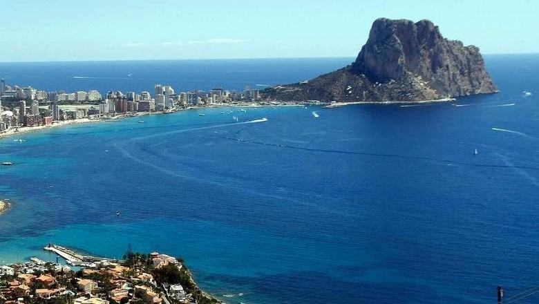 Ilustrasi Kota Alicante di Spanyol (Reuters)