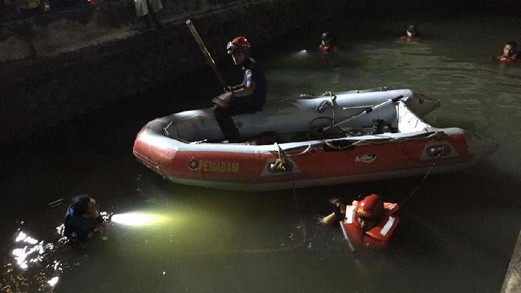 Video Bocah Ditemukan Tewas Tenggelam di Kali Glodok