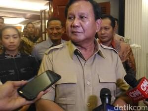 Prabowo: Puan Mau Belajar Berkuda di Hambalang