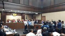 Saat Sidang BLBI Diskors Gegara Rizal Ramli Ingin Foto Bareng Hakim