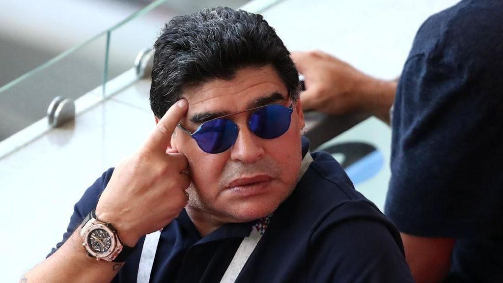 Kritik Wasit di Piala Dunia, Maradona Disemprot FIFA