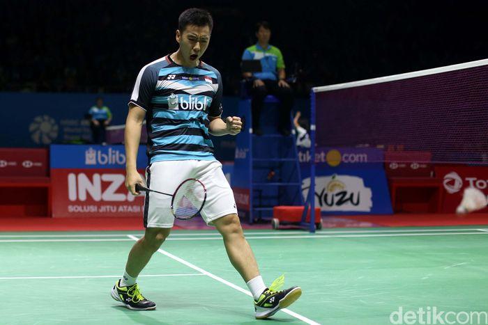 Ganda putra Indonesia Marcus F Gideon/Kevin Sanjaya Sukomuljo terus melaju di Indonesia Open 2018. Sore tadi mereka berhasil menumbangkan pasangan Malaysia.