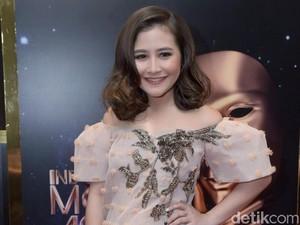 Pernah Dituding Hamil, Prilly Latuconsina Ajak Netizen Sekolah yang Tinggi