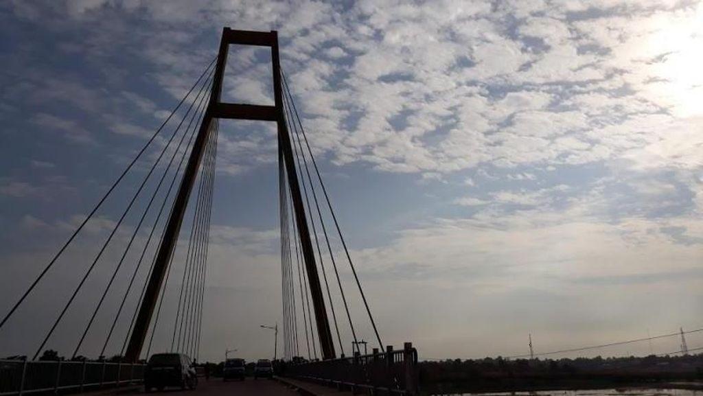 Jembatan Tanjung Senai yang Ikonik di Sumsel