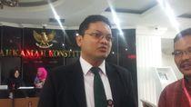 Adili Sengketa Pilkada 2018, MK Setop Sementara Pengujian UU