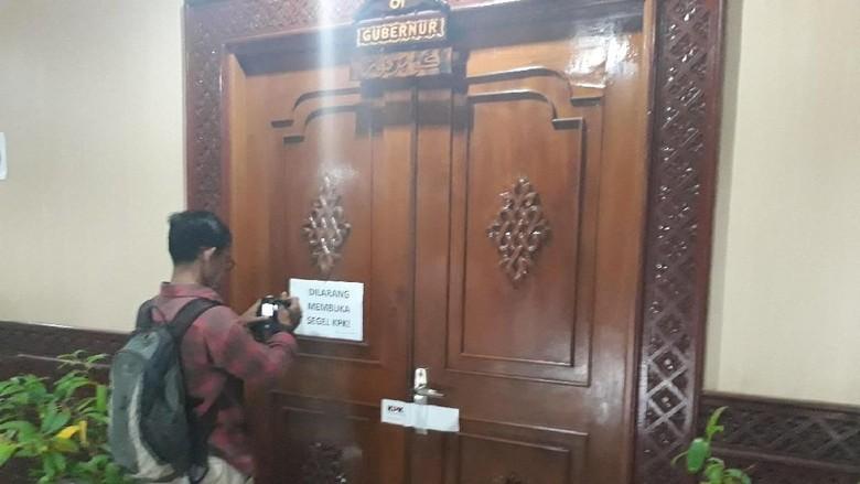 Irwandi Jadi Tersangka, Ruang Kerja Gubernur Aceh Disegel KPK
