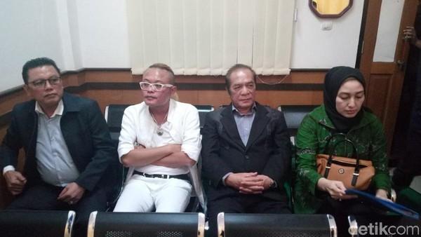 Demi Masa Depan Anak, Sule Enggan Berikan Hak Asuh pada Lina