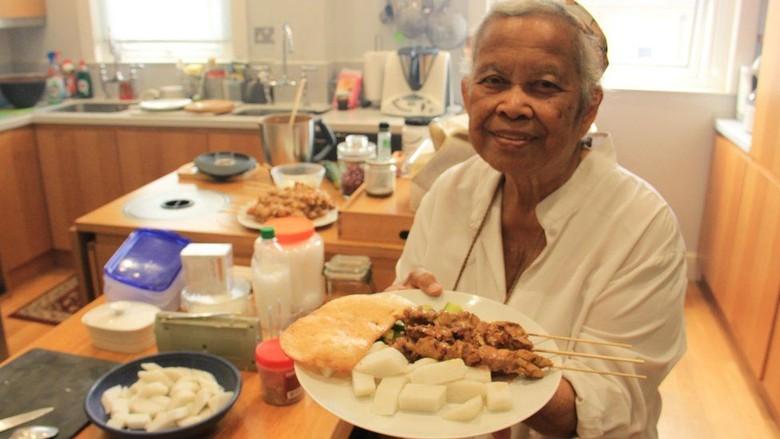 Sri Owen, Perkenalkan Masakan Indonesia ke Dunia Lewat Buku