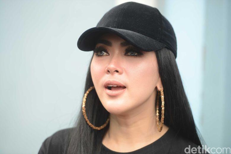 Syahrini saat ditemui di Gedung TRANS TV, Tendean, Jakarta Selatan, Rabu (4/7). Foto: Pool/Ismail/detikHOT