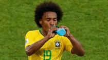 Diminati Barcelona, Willian: Nanti Dulu, Lagi Piala Dunia