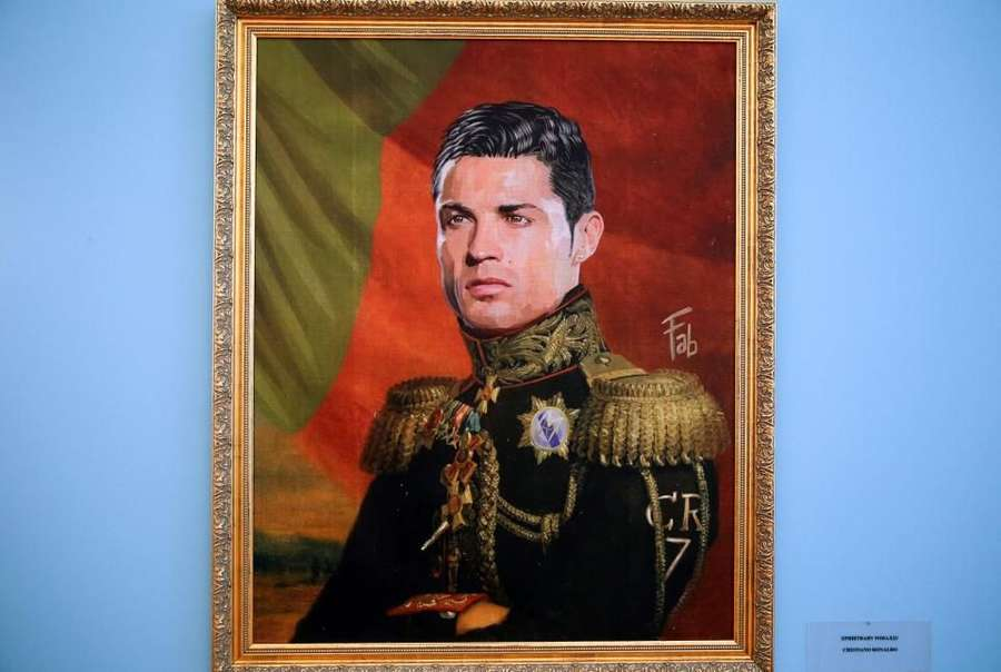 Bergaya Seragam Militer, Kerennya Lukisan Para Pesepakbola Dunia