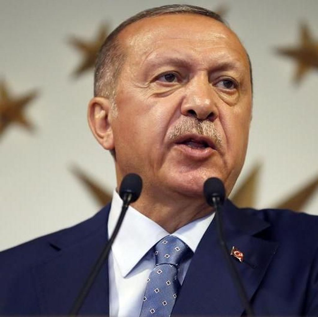 Kata Warga Turki yang Tolak Seruan Erdogan Boikot iPhone