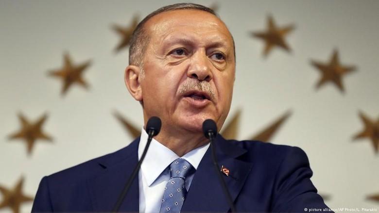 Pemerintah Turki Limpahkan Kekuasaan Eksekutif ke Tangan Presiden Erdogan