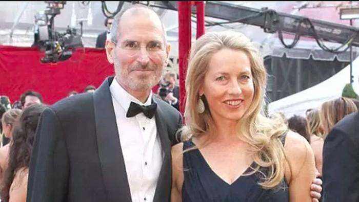 Steve Jobs dan Laurenne. Foto: istimewa