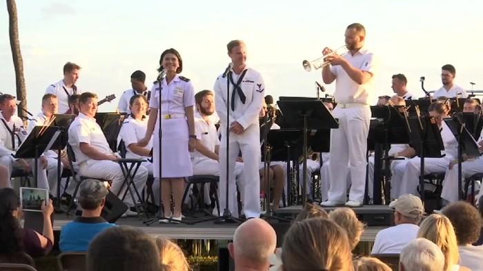 Tentara Indonesia, Australia, Amerika Serikat menyanyikan lagu Akad di Hawaii. (Foto: Screenshot video Kedubes AS)