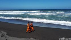 Basarnas DIY Hentikan Pencarian Wisatawan Hilang di Parangtritis
