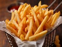 Cara membuat kentang goreng renyah.