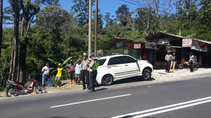 Lokasi atlet sepeda kecelakaan di Tanjakan Emen. (Foto: Istinewa)