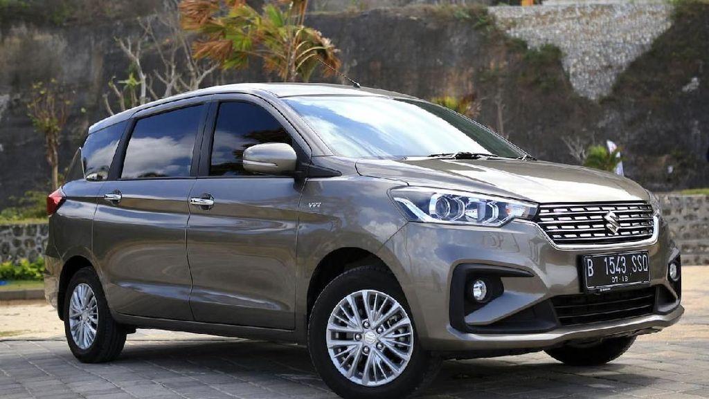 Suzuki Ertiga Dijual di Diler Mobil Mewah India