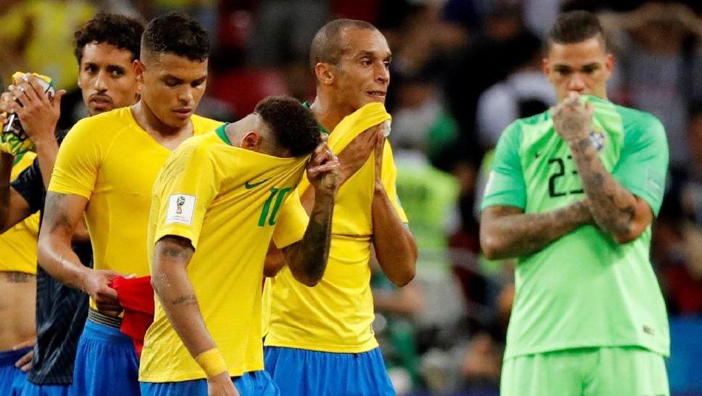 Kaka Ambil Sisi Positif Kegagalan Brasil, Tite Jangan Pergi