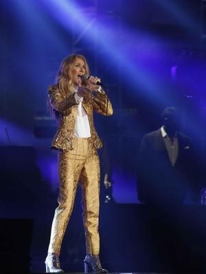My Heart Will Go On Tutup Konser Celine Dion