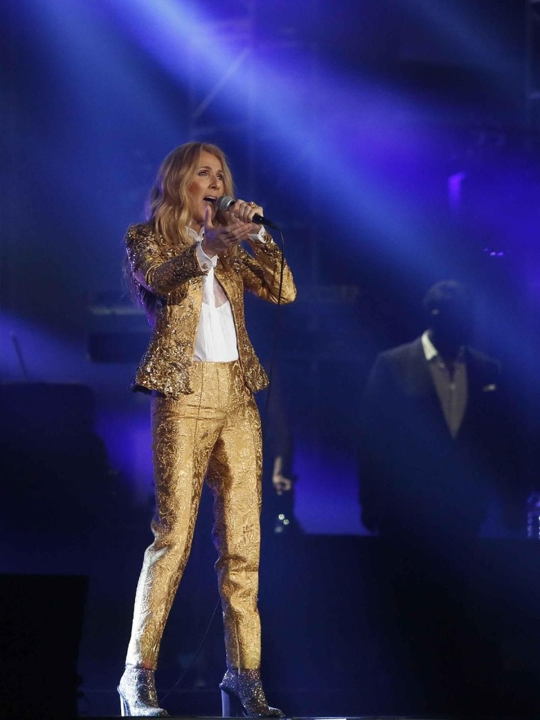 My Heart Will Go On Tutup Konser Celine Dion