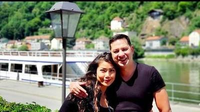 Kilas Balik 12 Tahun Cerita Cinta Ari Wibowo dan Istri