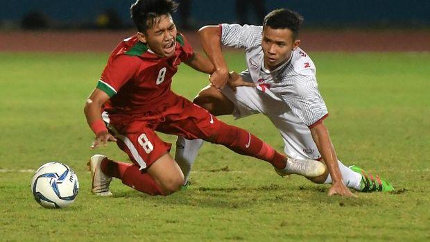 Witan Sulaeman mennjadi salah satu gelandang yang tampil menjadi starter di laga semifinal.